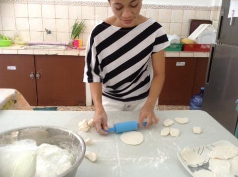フィリピンはパンも美味しい!!☆フィリピンドマゲッティ親子留学